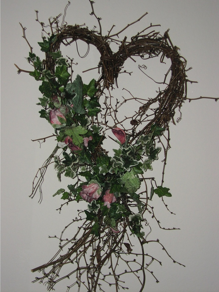 Google Image Result for http://whisperingscustomgifts.com/images/Heart_Wreath_with_Rose_Floral.JPG
