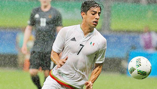 Rodolfo Pizarro estará de seis a ocho semanas fuera