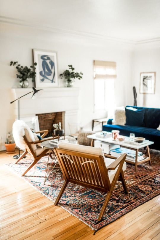 Sarah, is this your style of living room? I'm digging the blue