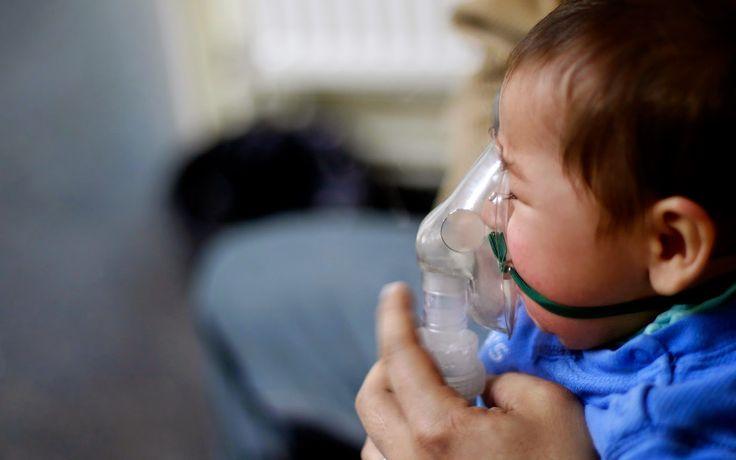 PURIFICACION DE AIRE AIRLIFE MUNDIAL te dice ¿qué es el VRS? El virus respiratorio sincitial (VRS) causa síntomas leves, similares a los de un resfrío, en adultos y niños mayores. Sin embargo, puede causar problemas serios entre los bebés, que incluye la neumonía y problemas respiratorios severos. http://airlifeservice.com/