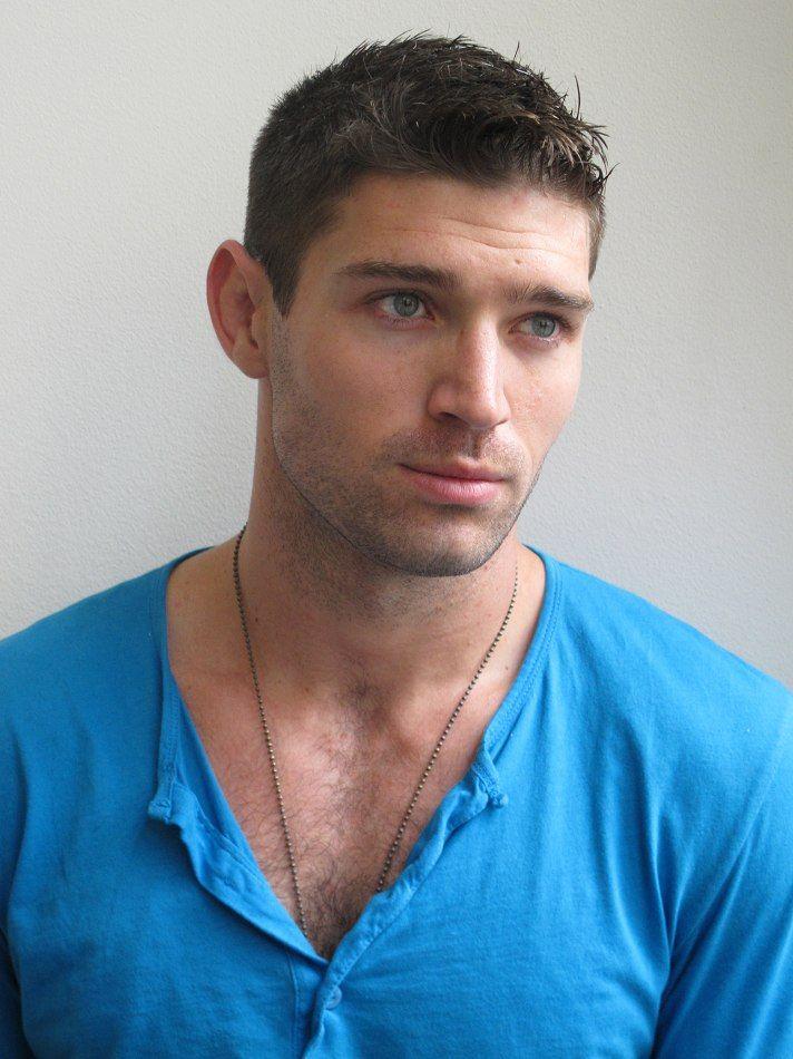 Bo Roberts Handsome Men The Mindy Project Robert