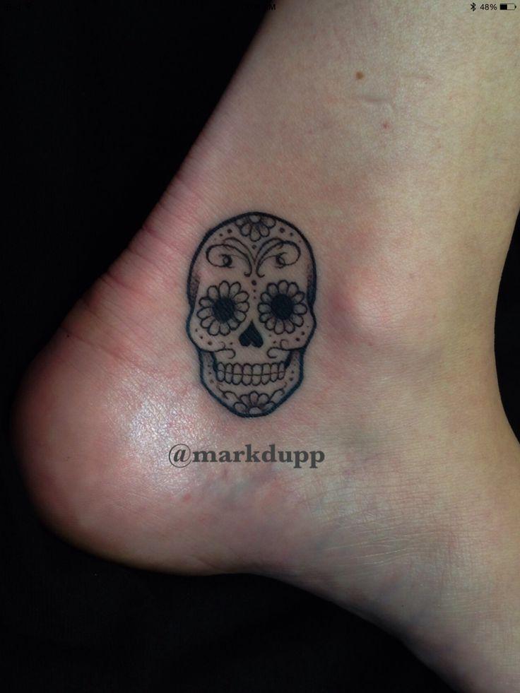 m s de 25 ideas incre bles sobre unbreakable tattoo en pinterest tatuaje de loto blanco. Black Bedroom Furniture Sets. Home Design Ideas
