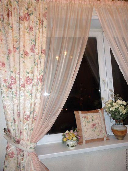 Фото Уютные шторы на кухню из нежно персиковой вуали