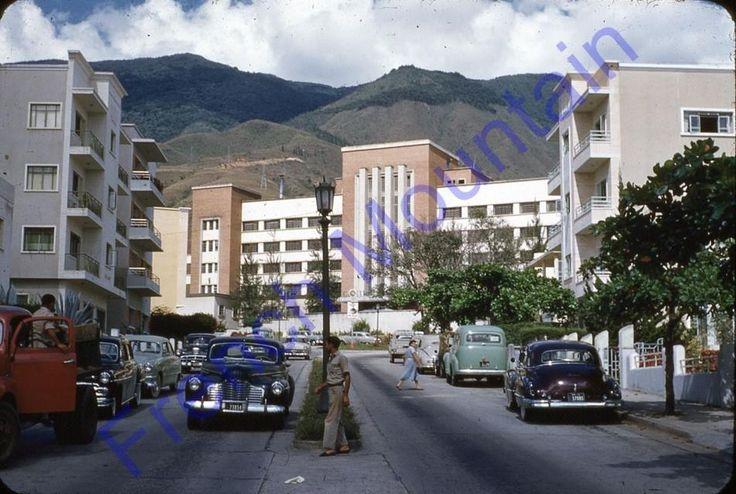 Centro Medico Caracas - San Bernardino 1940s
