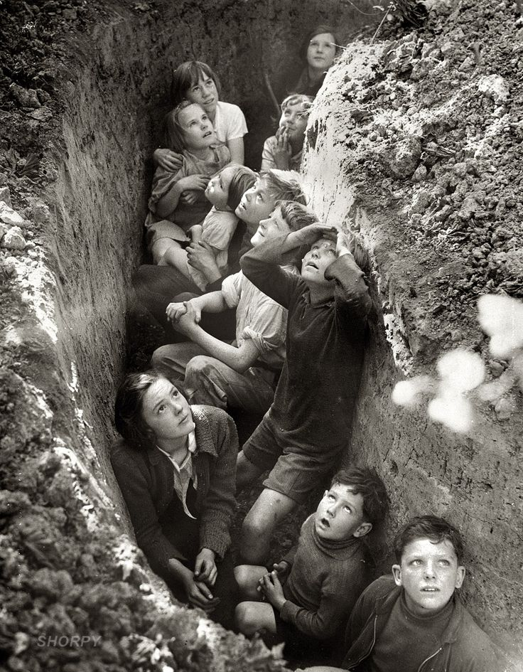 Children in an English bomb shelter, WW2