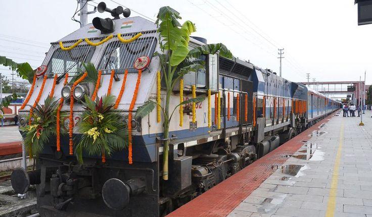 Rajen Gohain flags off Assam's first Shatabdi Express Train #RailAnalysis #News #Rail