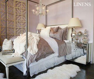 Classic romantic: Mirror Furniture, Lilacs Bedrooms, Colors Schemes, Canopies Beds, Bedside Tables, Beds Linens, Glam Bedrooms, Bedrooms Decor, Bedrooms Ideas