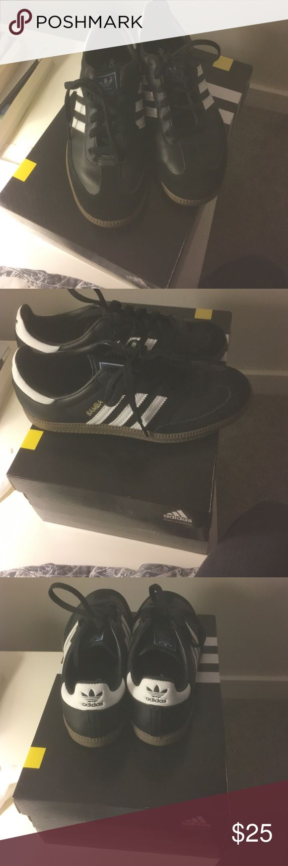 Adidas Samba Classic Shoes Original boxing Adidas Sambas Classic. Suede lining. Never worn. About 6.5/7 in Women's sizing Adidas Shoes Sneakers