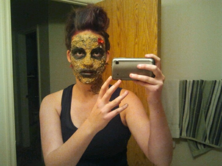 how to do awesome zombie makeup glue 2 ply toilet paper to your - Best Halloween Makeup To Use