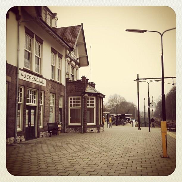 @dennisvansteijn | Op een klein stationnetje | Voerendaal
