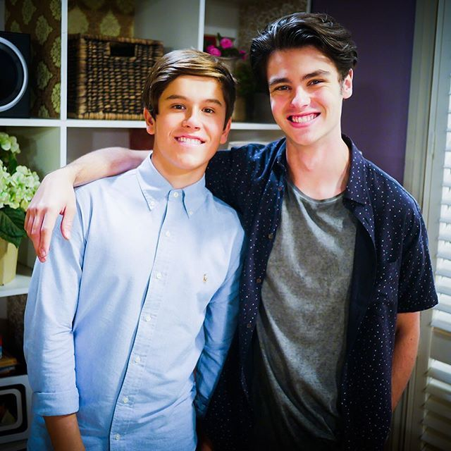 Look at these BFFs #Neighbours
