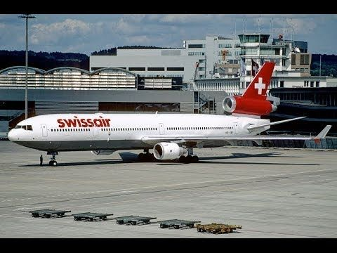 flygcforum.com - ACi - Swissair Flight 111 - Swissair Flight 111 plunged into the Atlantic Ocean off the Nova Scotia coast while en route from New York to Geneva. Pilots reported smoke in the cockpit 53 minutes into the trip, and the electrical systems began failing 13 minutes later...