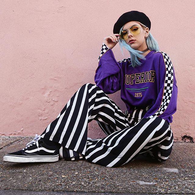 Todays ootd  Beret: @nastygal  Jumper: @hm  Trousers: @missguided  Sneakers: @vans_europe  Glasses: @primark  #ootd #hm #primark #babesofmissguided #nastygal
