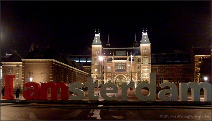 Rijksmuseum Iamsterdam by night
