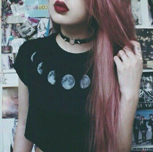 studded o ring black leather choker red lipstick moon black crop tee