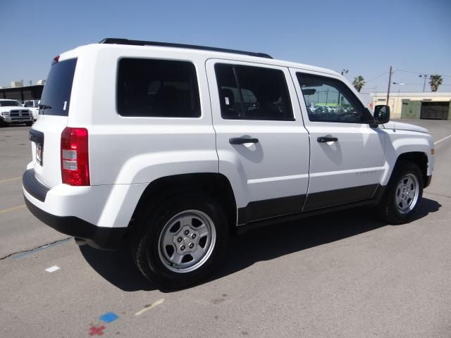 Dream car - jeep patriot 2014 in bright white, with charcoal interior