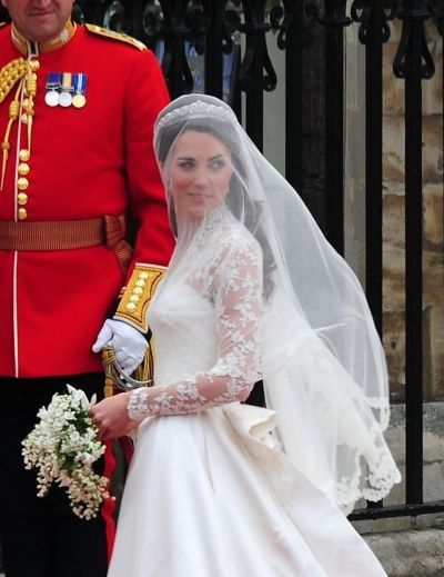 Celebrity Hairstyles News | Kate Middletons Royal Wedding hairstyle transformation, Part 2