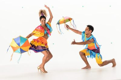 ACONTECE: Globeleza dança frevo e maracatu na vinheta de 201...