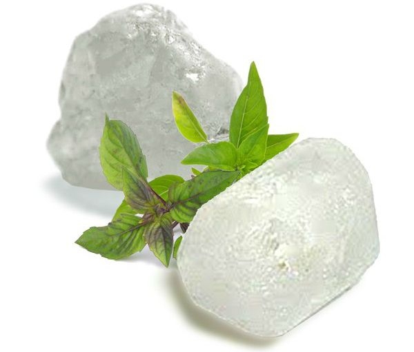 Cómo hacer un desodorante muy natural de piedra de alumbre y salvia