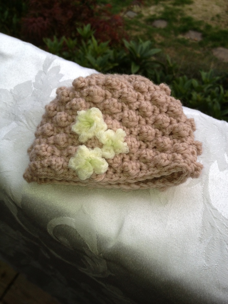 Dusty Rose Merino, Bobble Beanie with cute little flowers