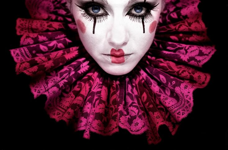 Costume makeup for performers/hostesses