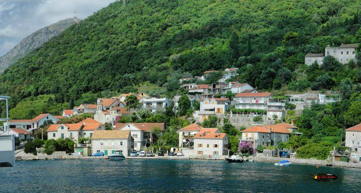 Bay of Kotor, Montenegro, Nikon Coolpix L310, 12.6mm, 1/500s, ISO80, f/4, -0.7ev, panorama mode: segment 2, HDR-Art photography, 201607051604