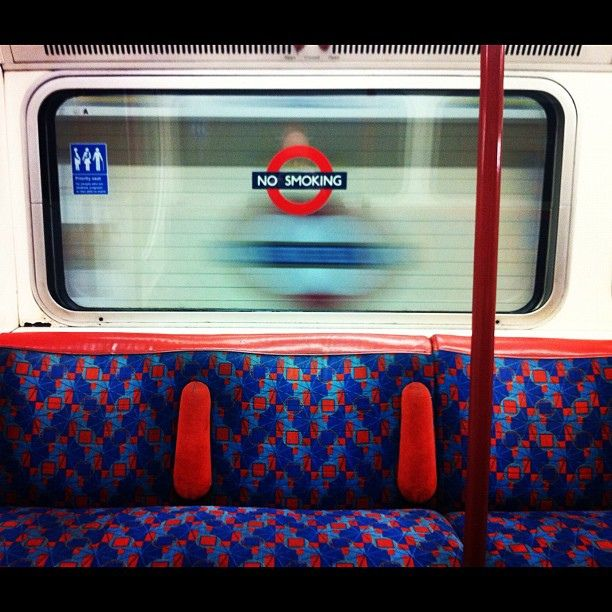 """Mind the smell"" :-) Tube - London Underground Train #ModusItinerandi"