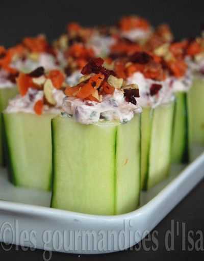CUCUMBER STUFFED WITH GOAT CHEESE, CRANBERRIES AND SMOKED TROUT