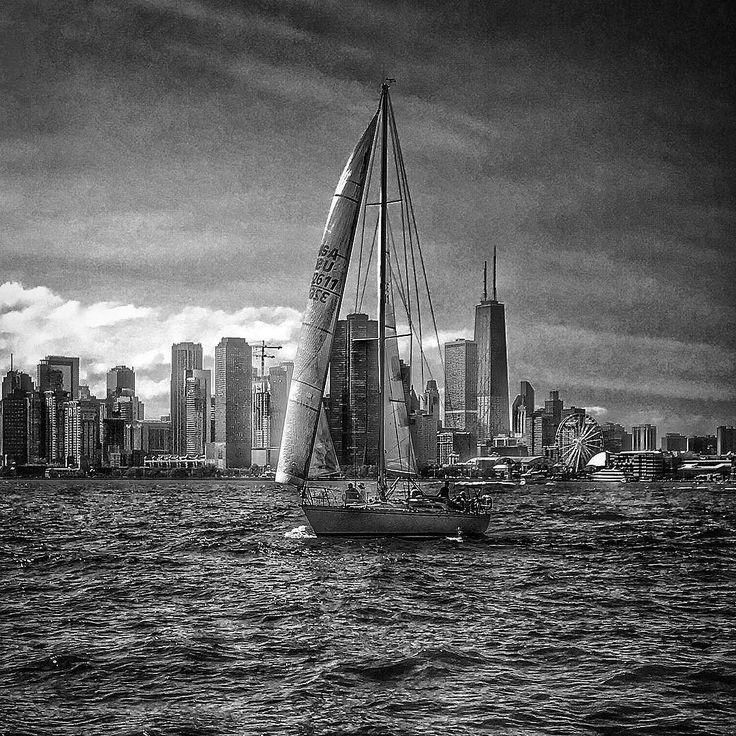Unterwegs auf dem Lake Michigan. #chicago #chicagogram #chicagolife #usa #urlaub #sommer #reisen #travel #travelblogger #impression #windycity #illinois