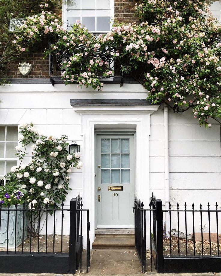 London, you're so gorgeous • Snapchat : iamsuleymanovic