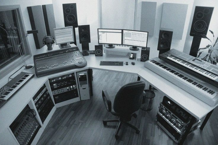 Achtung Aufnahme! in unserem Tonstudio.  Our recording studio in Berlin