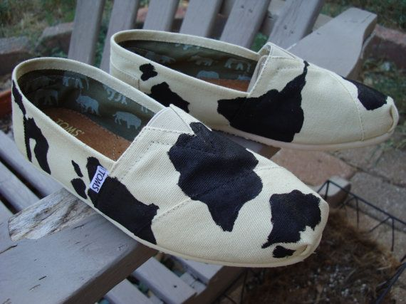 I really want to get these for my fiance... but I don't think he'd actually wear them. Maybe I'll get them for me. Gotta support the dairy industry (his work), right?