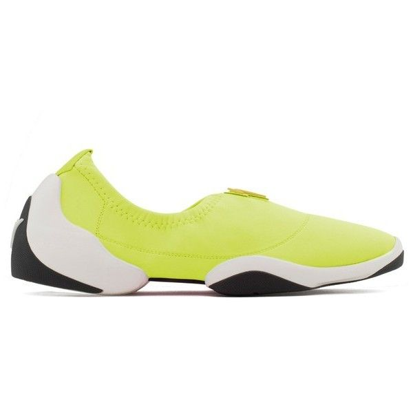 Giuseppe Zanotti Light Jump (39.350 RUB) ❤ liked on Polyvore featuring shoes, sneakers, yellow, slip-on shoes, slip on sneakers, giuseppe zanotti trainers, yellow sneakers and slip-on sneakers