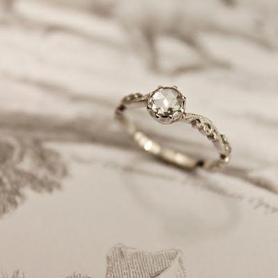 Delicate + Unique Wedding Jewellery – RUST | London Bride Blog | Creative Wedding Planning + Inspiration
