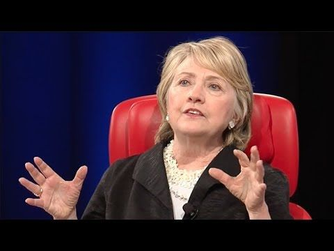 """Hillary """"criminal"""" Clinton blames Alex Jones for losing the election. OMG THIS PSYCHO BITCH WILL BLAME ANYONE AND THE LIBERALS BUY THAT KOOLAID. Its like saying my dog ate my homework, I got swamp land in AZ. GET A LIFE!!"""