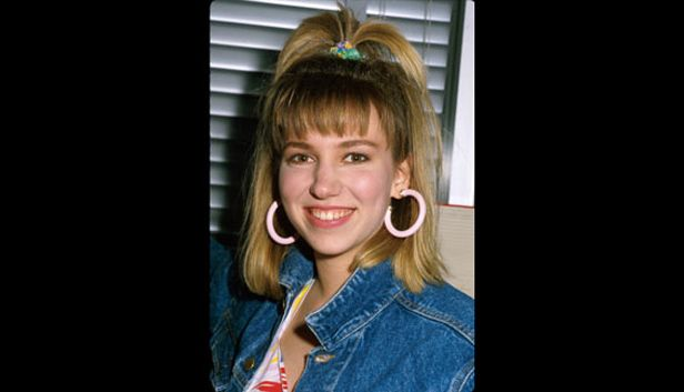 Teen Pop Star Debbie Gibson S Mall Tours Spoke To The Mall