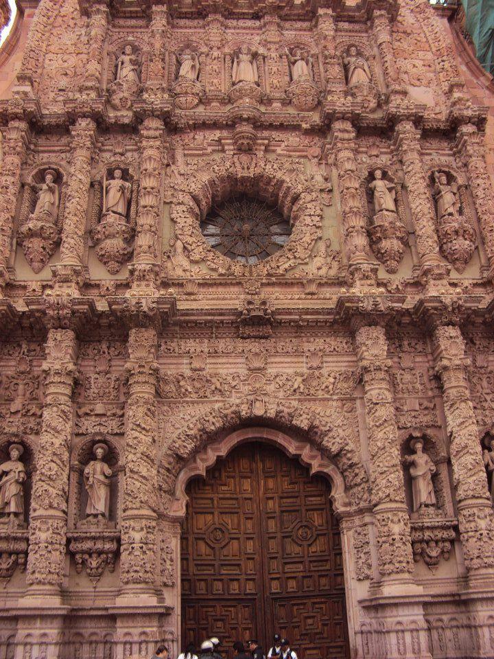 Fachada principal de la Catedral Basílica de Zacatecas, Mexico