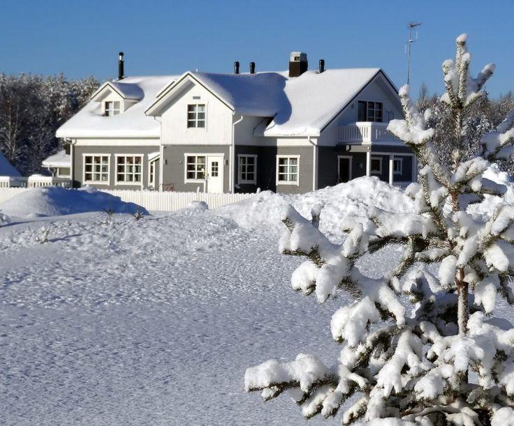 Miekojärvi Resort on the Miekojärvi shore in Pello in Lapland in winter