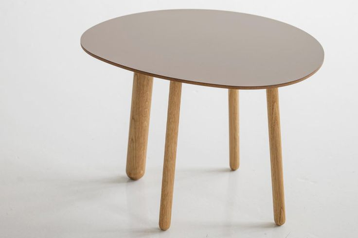Morris coffee table model 5 in a special color cocoa