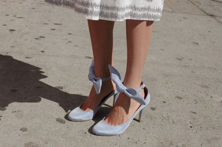 SHANTUNG BOW ANKLE STRAP