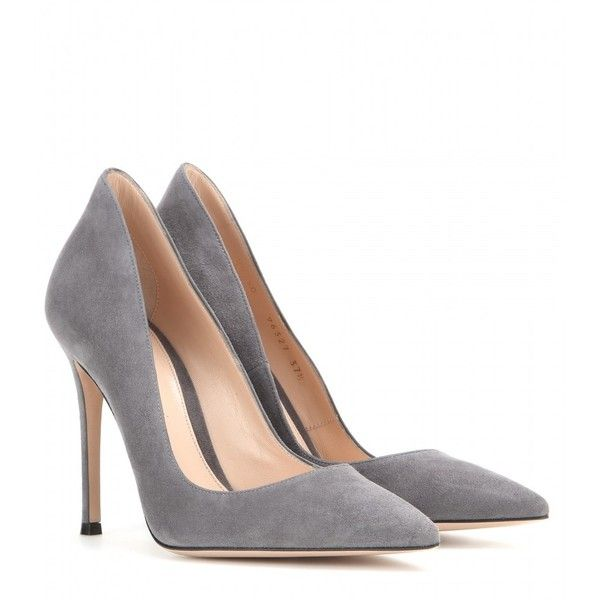 Gianvito Rossi Suede Pumps (4,575 EGP) ❤ liked on Polyvore featuring shoes, pumps, heels, gianvito rossi, zapatos, grey, suede leather shoes, suede pumps, grey suede shoes and grey shoes