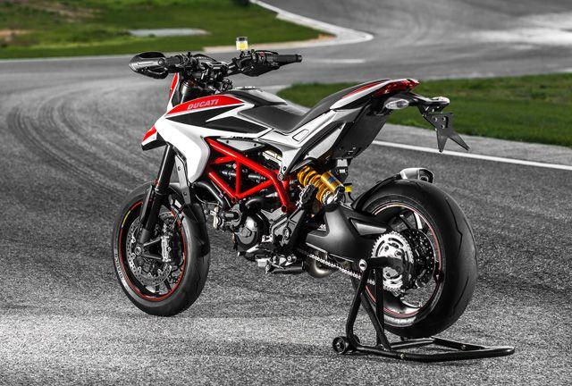 Ducati Hypermotard 2013 Test