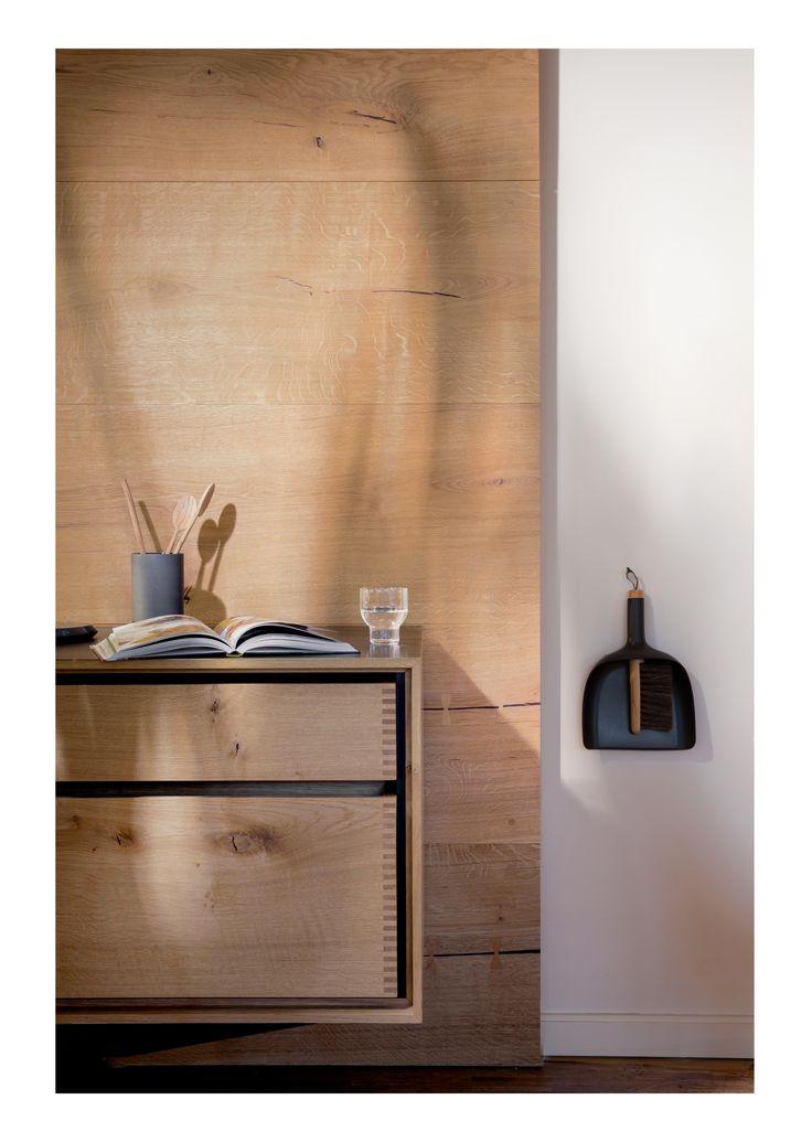 Garde Hvalsøe Kitchen in HeartOak by Dinesen