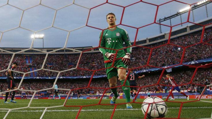 Better foul Saúl! - Tolle Schlagzeile der SZ! Thiago, Juan Bernat, Xabi Alonso und David Alaba lassen sich von einem frechen Spanier düpieren, ohne sich zu wehren. Manuel Neuer dankt dem Pfosten. Der FC Bayern in der Einzelkritik.