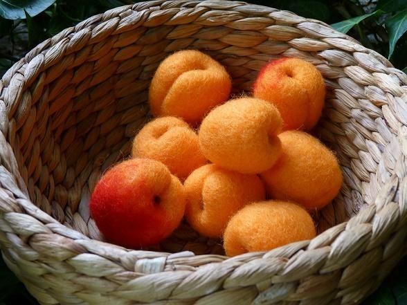 Kit abricots en laine cardée