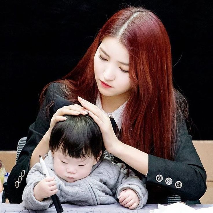 """2,909 Likes, 24 Comments - SOWON • 소원 (@sowonation) on Instagram: """"All i can see in the future when Sowon becomes a mother (ofc imma be the husband)... she will be a…"""""""