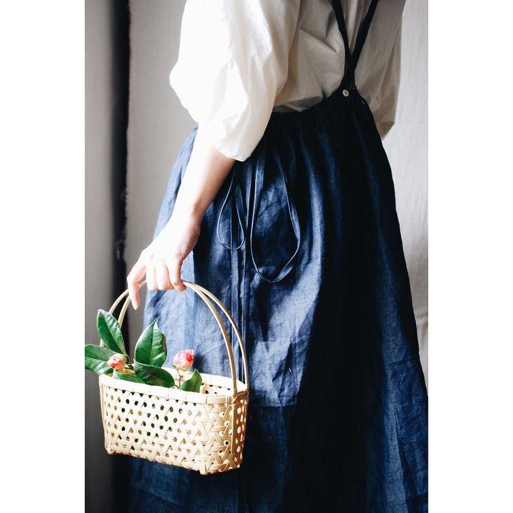 先週の撮影会。ハイセンス乃エプロン池田やの相方 @oeuf23a さんが、5月に「ふたり展」を竹千代工房さんと行います。oeufさんの作るお洋服と竹千代工房さんの竹細工がとてもカッコよかった!モデルの @ericot888 ちゃんがイメージ通りに表現してくれました。ふたり展では、コラボ作品もあるようなので、是非遊びに行ってね!詳しくは @oeuf23a さんまで!