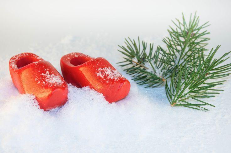 De fineste røde nisse-træsko fra Detvier.