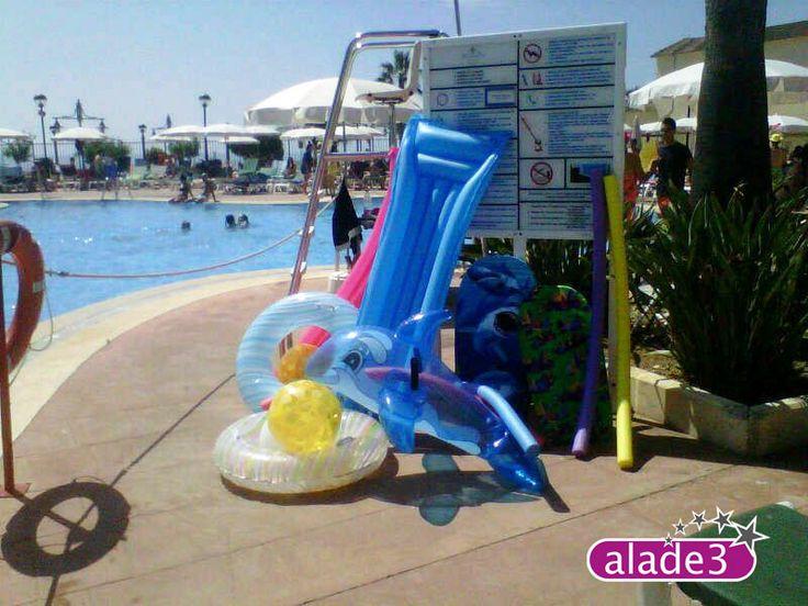 Todo listo para la fiesta en la piscina organizada por el equipo de animación turística de Alade3  www.alade3.es