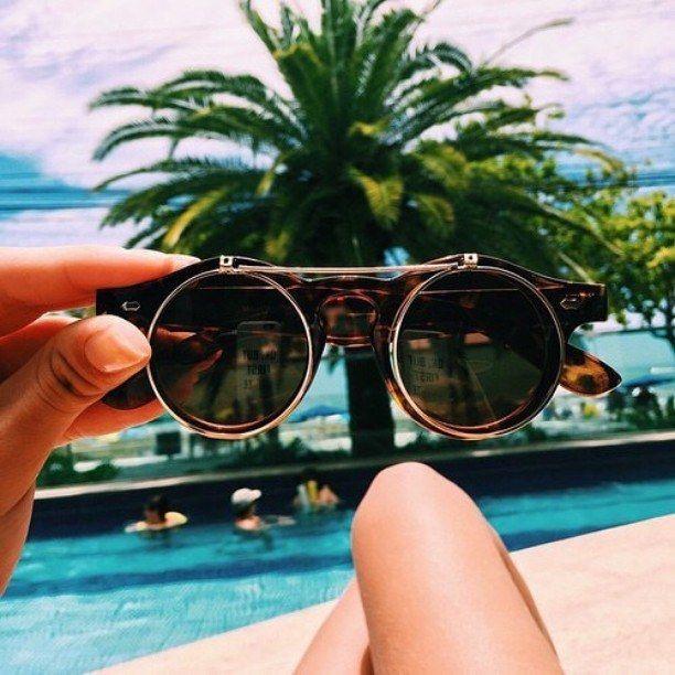 Steampunk fashionista. | 26 Lentes de sol que debes tener antes de que llegue el verano